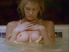 Полностью голая Эмбер Смит в фильме «Не обманывай меня больше» фото #13