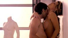 Голая Эмбер Смит в сериале «Нижнее белье» фото #12
