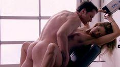 Голая Эмбер Смит в сериале «Нижнее белье» фото #14
