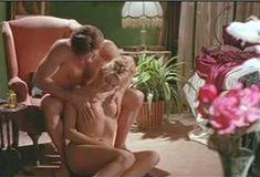 Голая Эми Линдсей в сериале «Бордель в Беверли Хиллз» фото #13