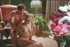 Голая Эми Линдсей в сериале «Бордель в Беверли Хиллз» фото #15