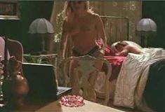 Голая Эми Линдсей в сериале «Бордель в Беверли Хиллз» фото #26