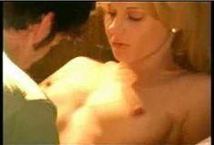 Голая Эми Линдсей в сериале «Женщины. Истории страсти» фото #2