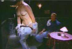Голая Эми Линдсей в сериале «Эротические признания» фото #12