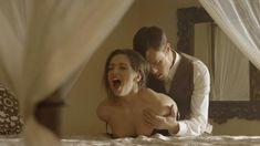 Голая Эшлинн Йенни в сериале «Подчинение» фото #6