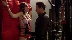 Голая Эшлинн Йенни в сериале «Подчинение» фото #52