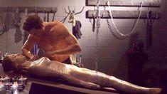 Голая Эшлинн Йенни в сериале «Подчинение» фото #55