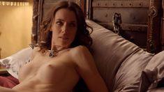 Голая Эшлинн Йенни в сериале «Подчинение» фото #63