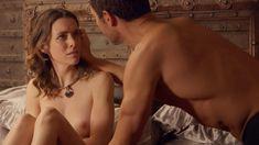 Голая Эшлинн Йенни в сериале «Подчинение» фото #64