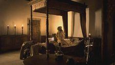 Голая Юли Энгельбрехт в фильме «Странствующая блудница. Предсказание» фото #1