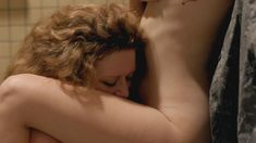 Голая Яэль Стоун в сериале «Оранжевый — хит сезона» фото #3