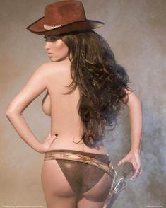 Ким Кардашьян в эротической фотосессии для календаря фото #1