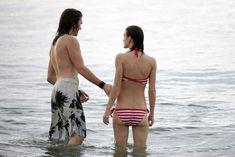 Худая Кира Найтли в купальнике на отдыхе в Гавайях фото #14