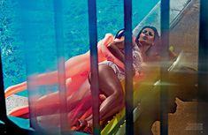 Полностью голая Ким Кардашьян в журнале Love фото #12