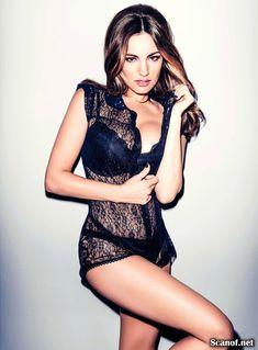 Сексуальная Келли Брук в журнале FHM фото #4