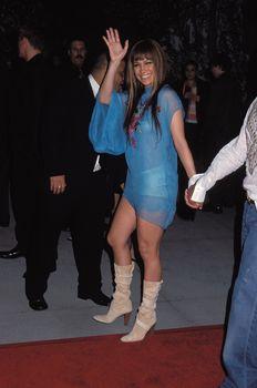 Засвет Дженнифер Лопес на вечеринке после церемонии вручения премии «Грэмми» фото #1