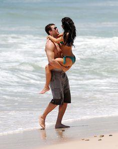 Красотка Ким Кардашьян отдыхает на пляже Пуэрто-Вальярта фото #17