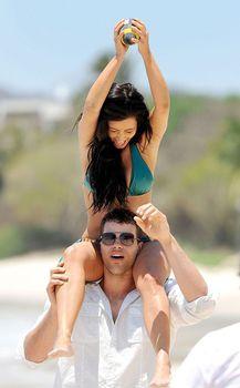 Красотка Ким Кардашьян отдыхает на пляже Пуэрто-Вальярта фото #22