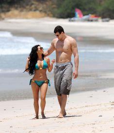 Красотка Ким Кардашьян отдыхает на пляже Пуэрто-Вальярта фото #23