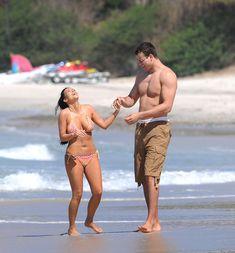 Красотка Ким Кардашьян отдыхает на пляже Пуэрто-Вальярта фото #31