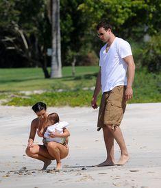 Красотка Ким Кардашьян отдыхает на пляже Пуэрто-Вальярта фото #37