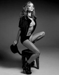 Сексуальная Роузи Хантингтон-Уайтли разделась для журнала  DT фото #2