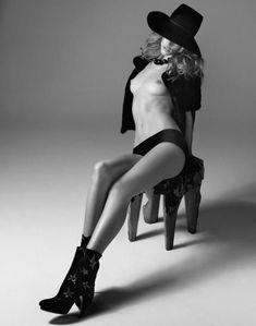 Сексуальная Роузи Хантингтон-Уайтли разделась для журнала  DT фото #7