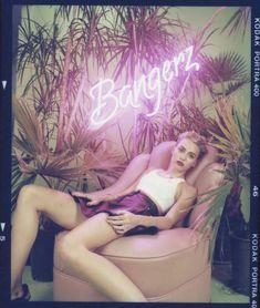 Майли Сайрус в фотосессии для альбома Bangerz фото #34