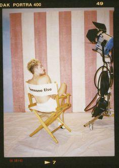 Майли Сайрус в фотосессии для альбома Bangerz фото #41