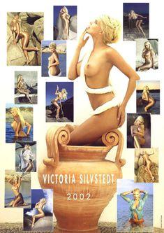 Обнаженная Виктория Сильвстедт в календаре фото #16