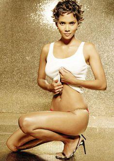 Сексуальная Холли Берри в журнале FHM фото #2