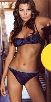 Возбуждающая Эли Ландрив сексуальном белье для журнала FHM фото #5