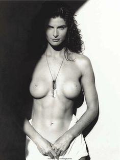 Джоан Северанс разделась  в журнале Playboy фото #4