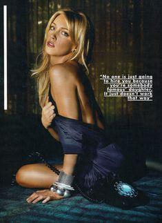 Эротичная Кэти Кэссиди в сексуальном образе для журнала FHM фото #5