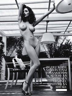 Евгения Диордийчук в обнаженном виде в греческом журнале Playboy фото #3