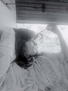 Полностью голая Марго Киддер снялась в журнале Playboy фото #1