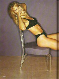 Секси Триша Хелфер  в журнале FHM фото #1