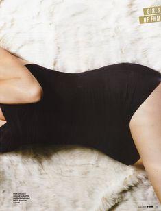 Красотка Тулиса Контоставлос в сексуальном наряде в журнале FHM фото #6