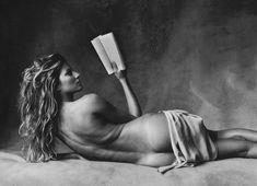 Голая попка Жизель Бюндхен в журнале V фото #2
