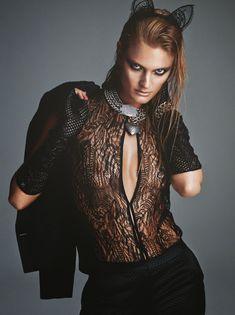 Констанс Яблонски обнажила грудь для журнала Numero фото #5
