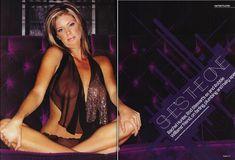 Голая грудь Рэйчел Хантер в эротических нарядах для журнала Loaded фото #2