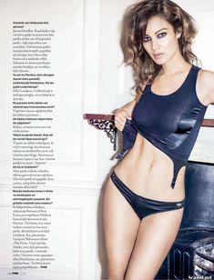 Эротичная Беренис Марло  в журнале FHM фото #10