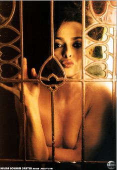 Эротичная Хелена Бонем Картер  в журнале Maxim фото #2