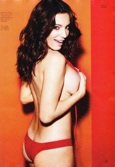 Келли Брук в эротической фотосессии для Esquire June 2011 (6-2011) UK фото #7