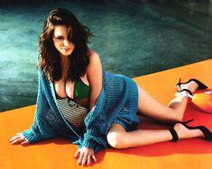 Келли Брук в эротической фотосессии для Esquire June 2011 (6-2011) UK фото #8