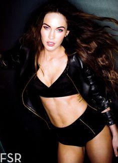 Секси Меган Фокс  в журнале Esquire фото #4