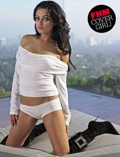 Секси Мила Кунис  в журнале FHM фото #3