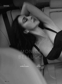 Горячая Моника Беллуччи  в журнале Esquire фото #2