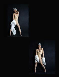 Красивая Моник Пэрент снялась голой в журнале Supermodel фото #3