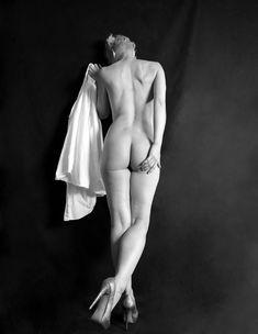 Красивая Моник Пэрент снялась голой в журнале Supermodel фото #4